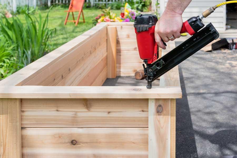 garden planter woodworking niche