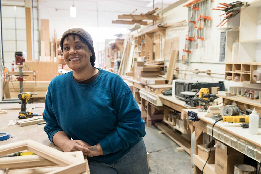 woodworking business ideas - woman teaching classes